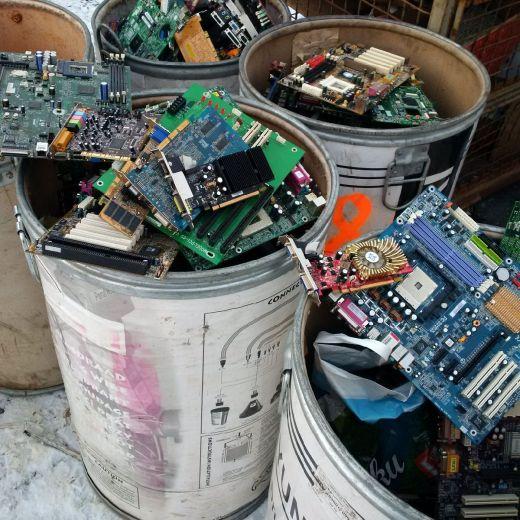 Návod: Jak získat starý PC hardware