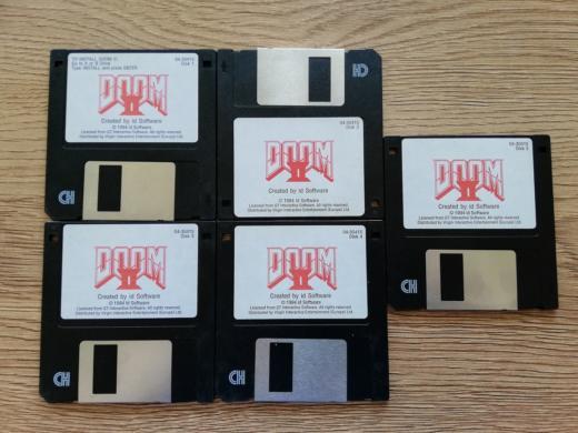 Krabice: Doom II: Hell on Earth #guldyhoRTCW
