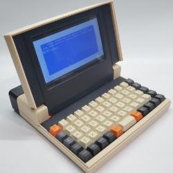 Retro laptop GRIZ Sextant, síla 3D tisku a Raspberry Pi