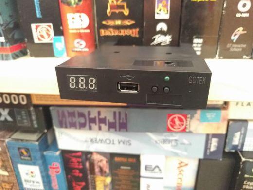 PC XT a USB emulátor disketovky Gotek