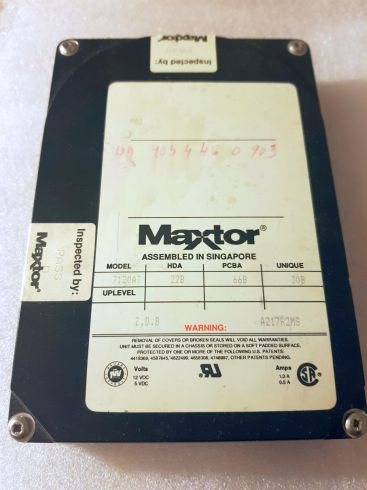 Maxtor-7120at-124MB.jpg