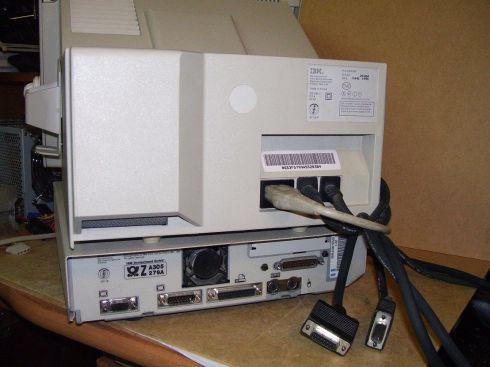 IBM-PS1-záda.jpg