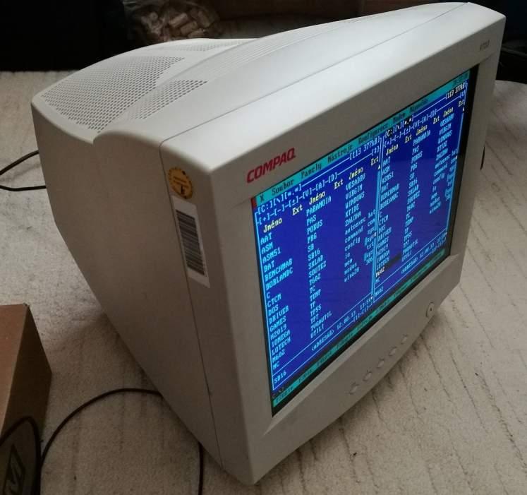 Compaq-P710-milaspce-v02s.jpg